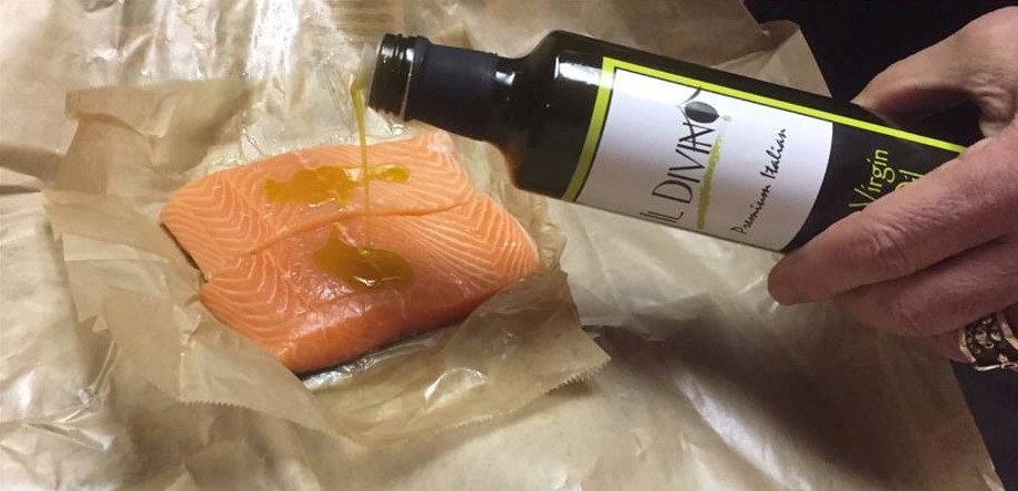 IL DIVINO Extra Virgin Olive Oil is perfect for fish, meats, salads, vegetables and soups