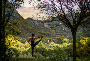 Enjoy Yoga Classes on our IL DIIVNO Tuscany Tours